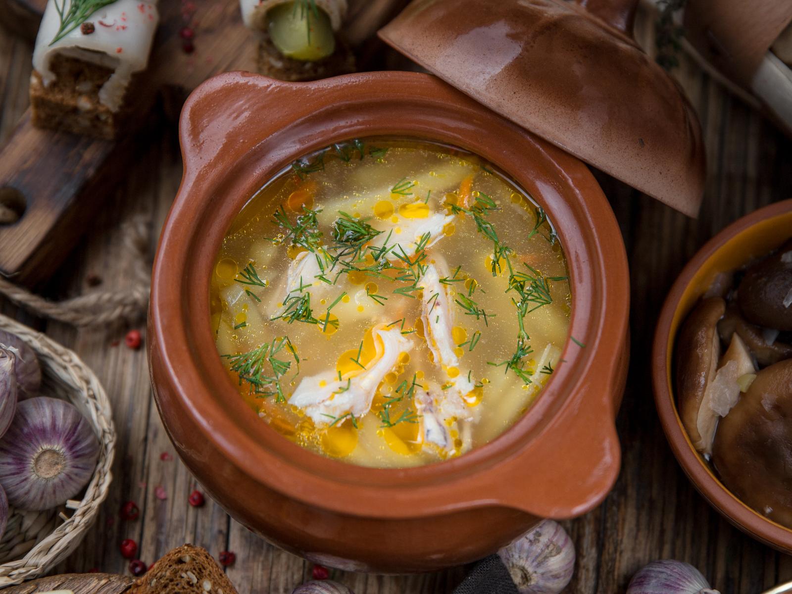 Суп куриный с клецками