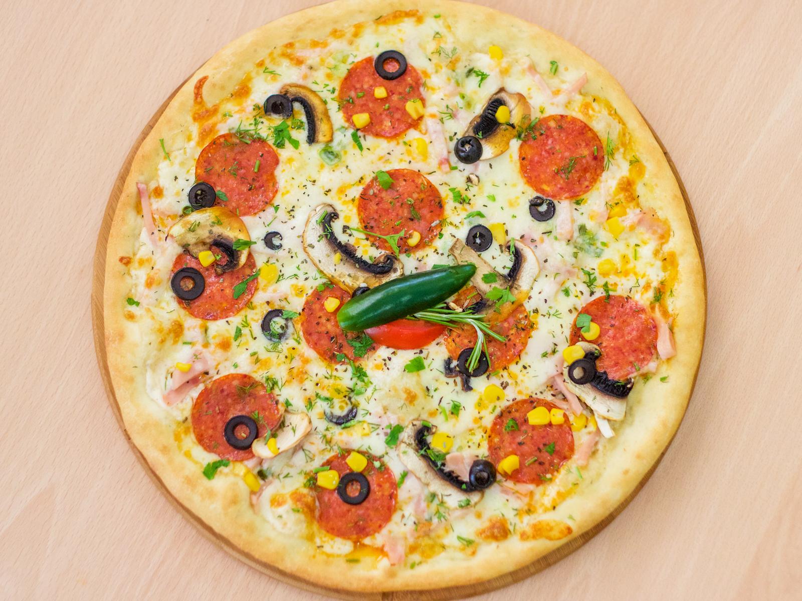 Пицца фирменная Like