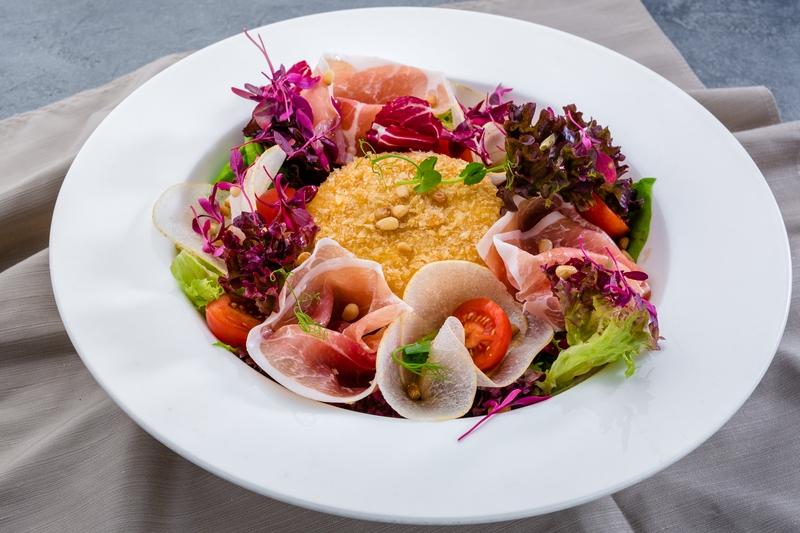 Салат из разнотравья