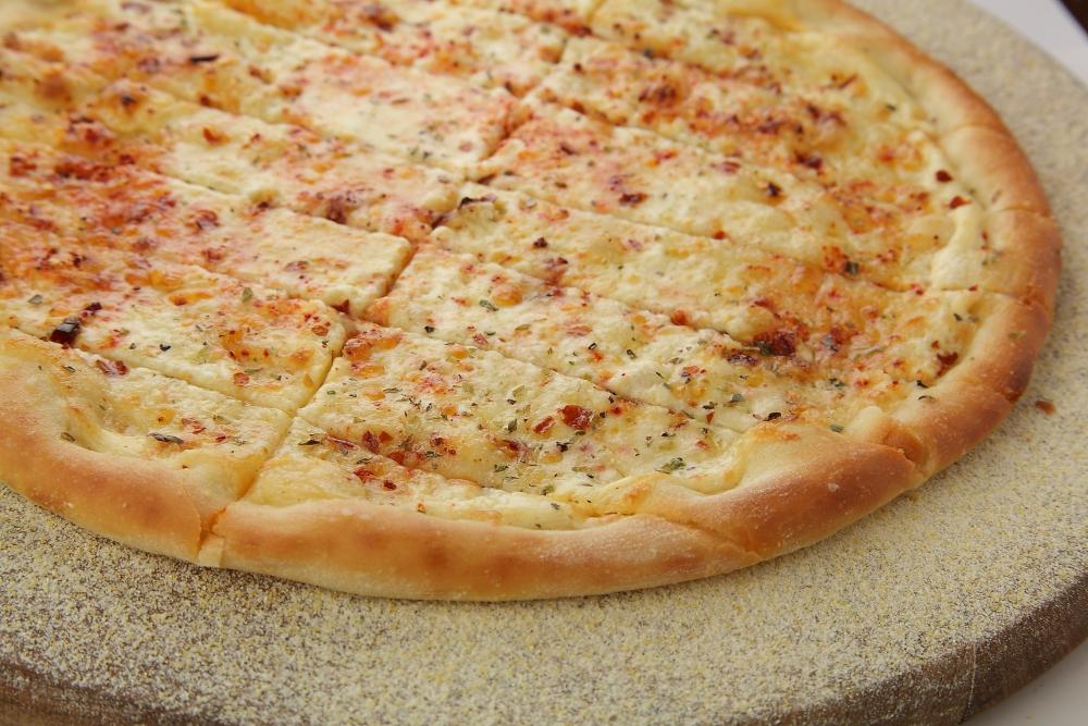 Сырные палочки с паприкой и перцем чили