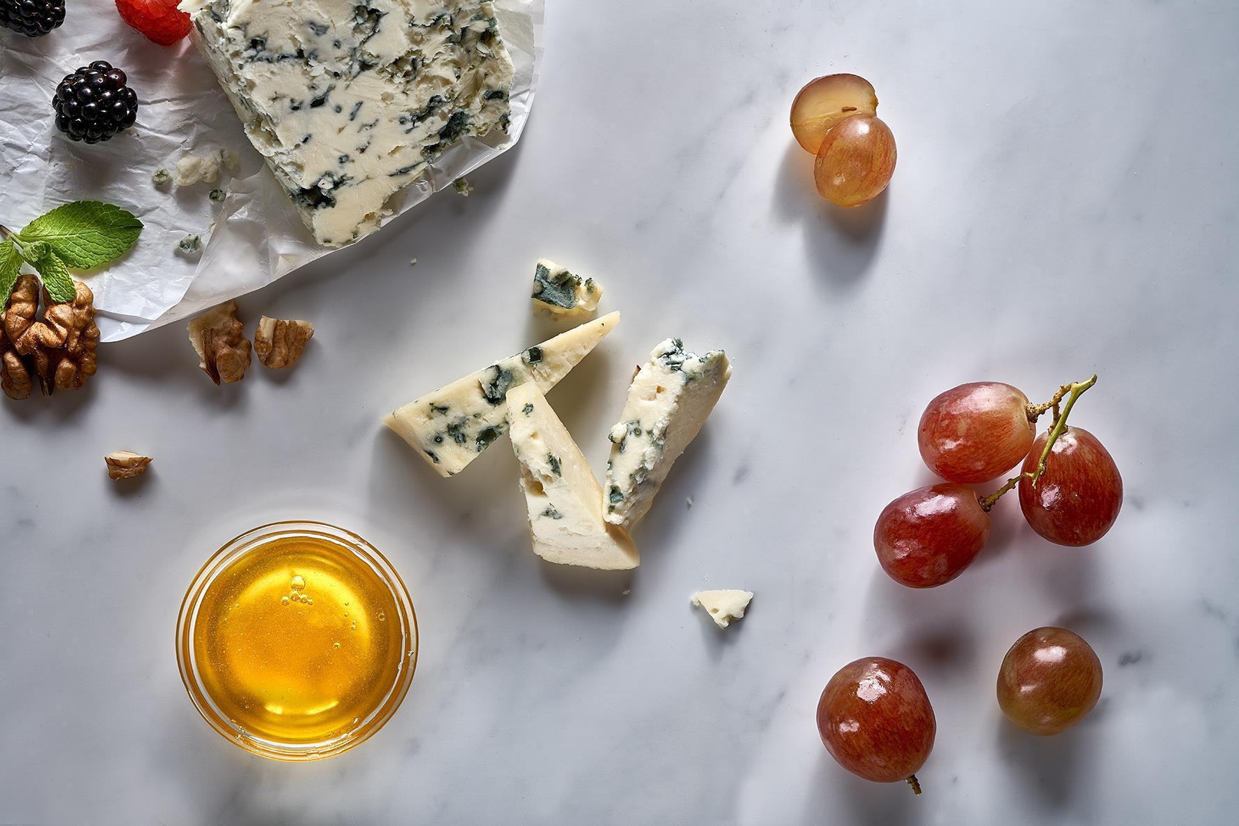 Сыр Горгонзола 30 гр.