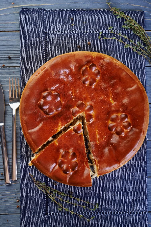 Большой пирог с капустой