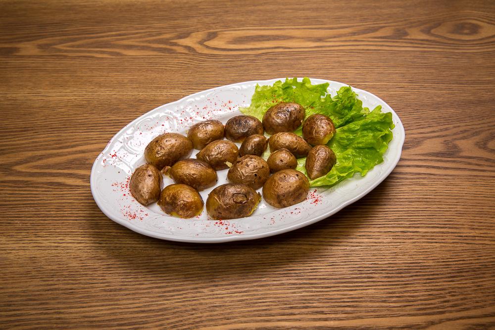 Картофель, запеченный на углях