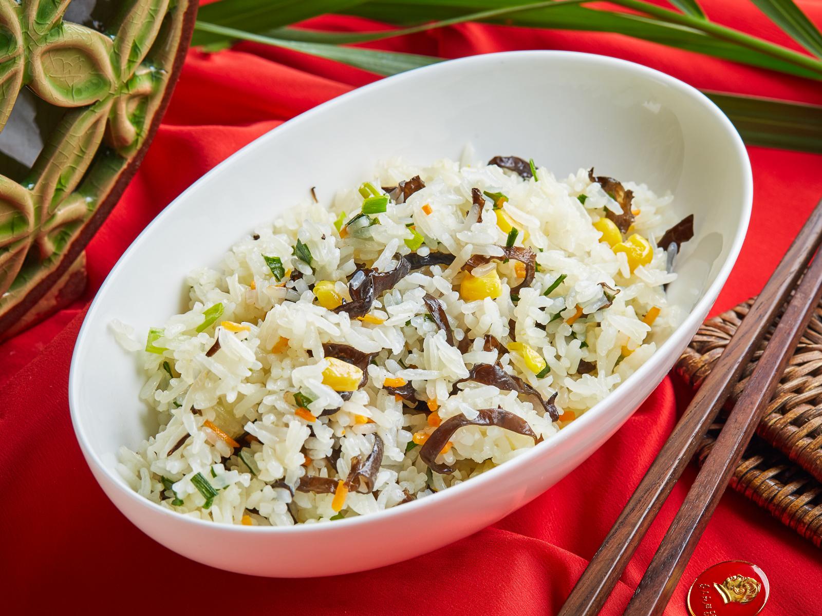 Жасминовый рис с овощами