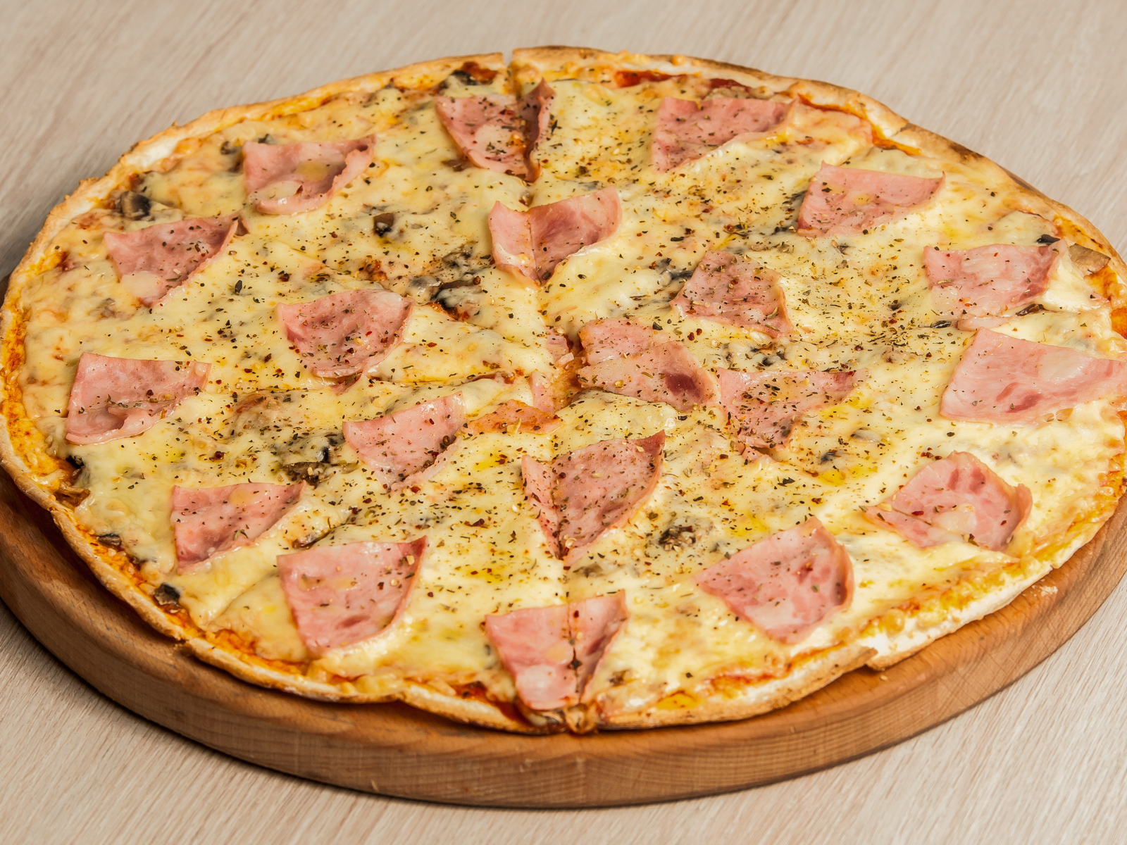 Пицца Калифорния на тонком тесте