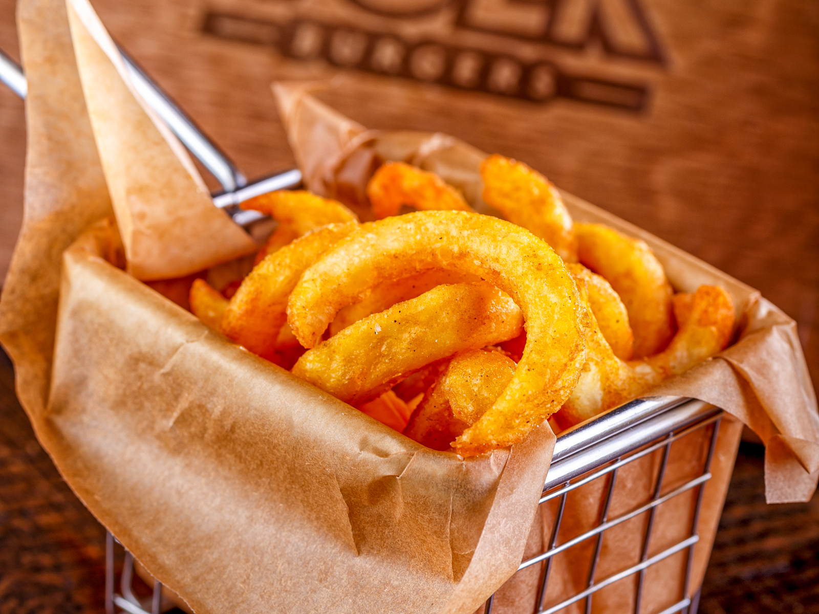 Картофельные спирали в паприке