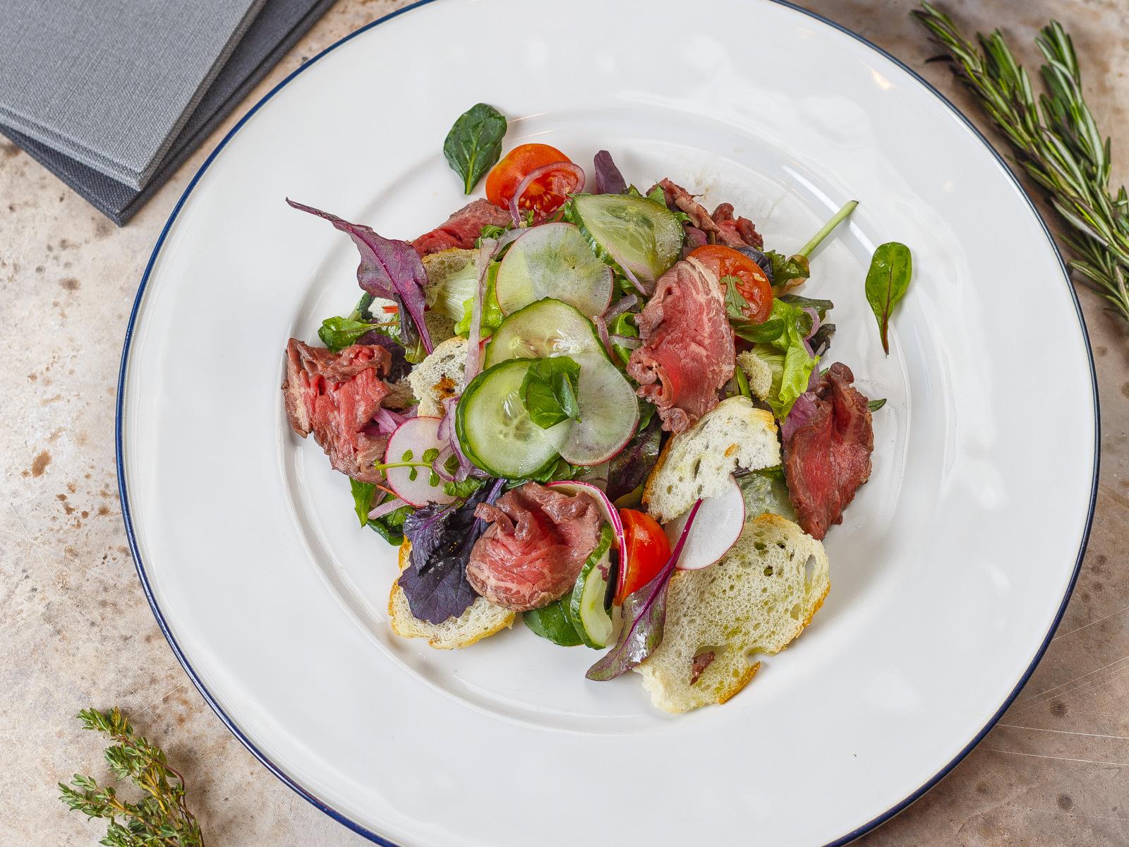 Салат с телячьей вырезкой