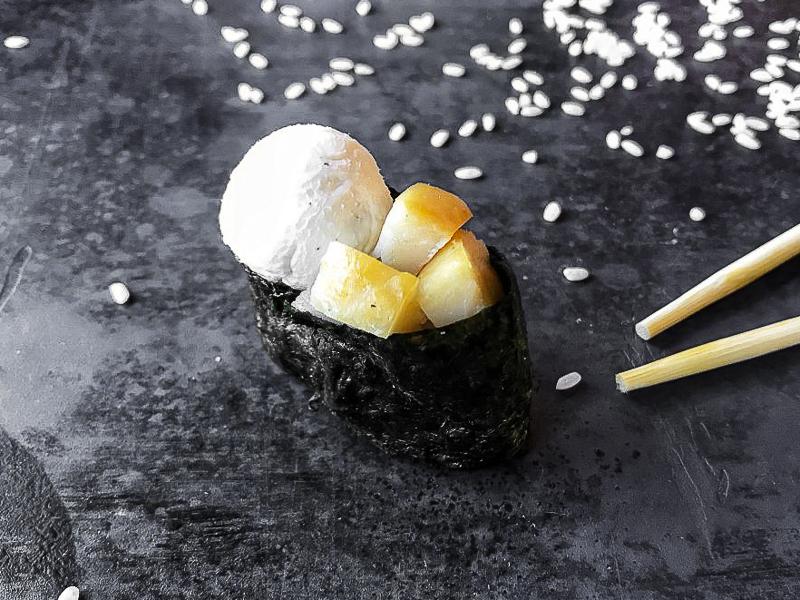 Суши сырные с эсколаром