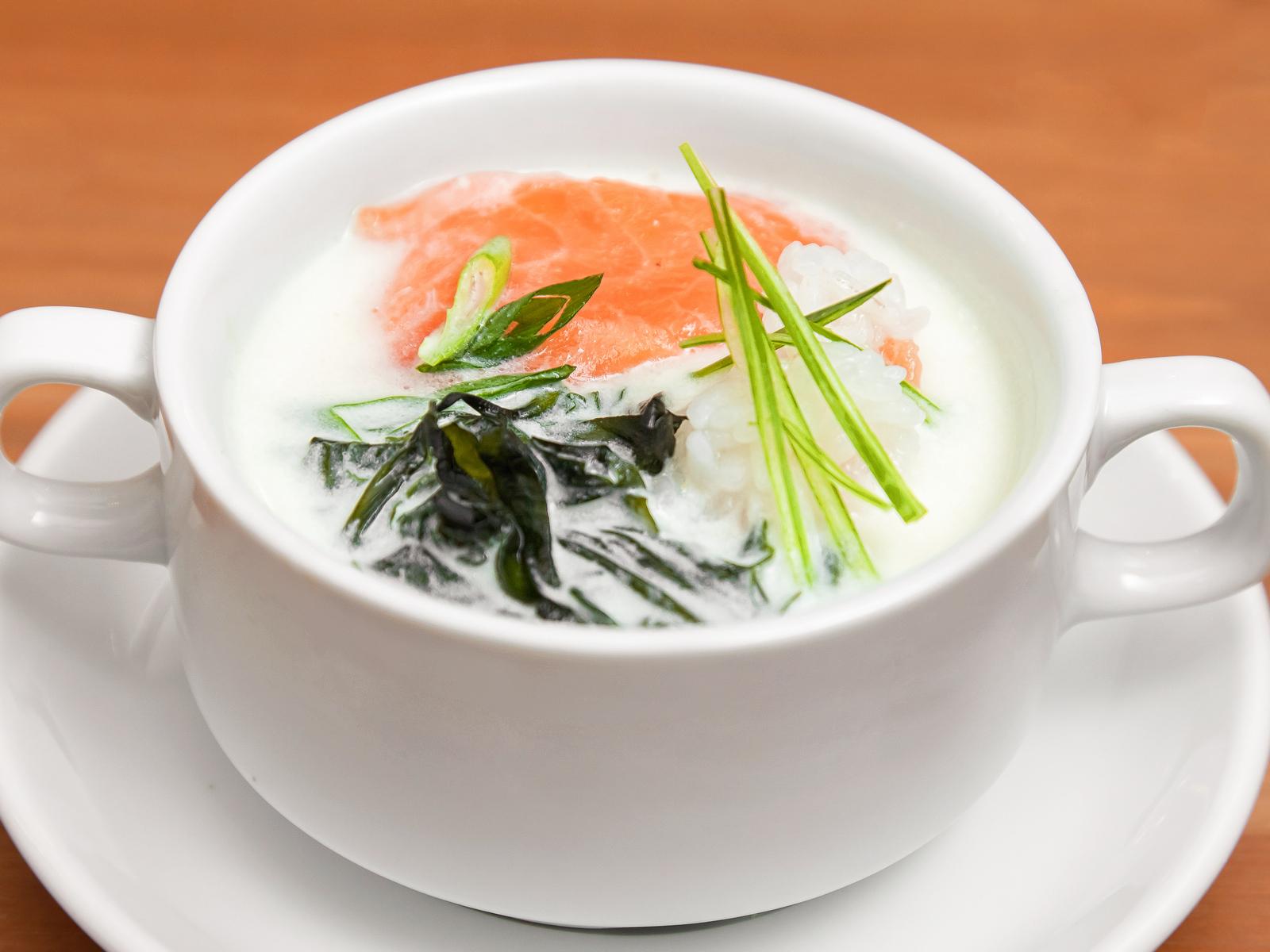 Суп Сливочный с филе лосося