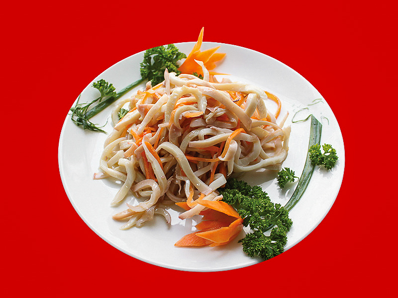 Салат с кальмарами по-сычуаньски