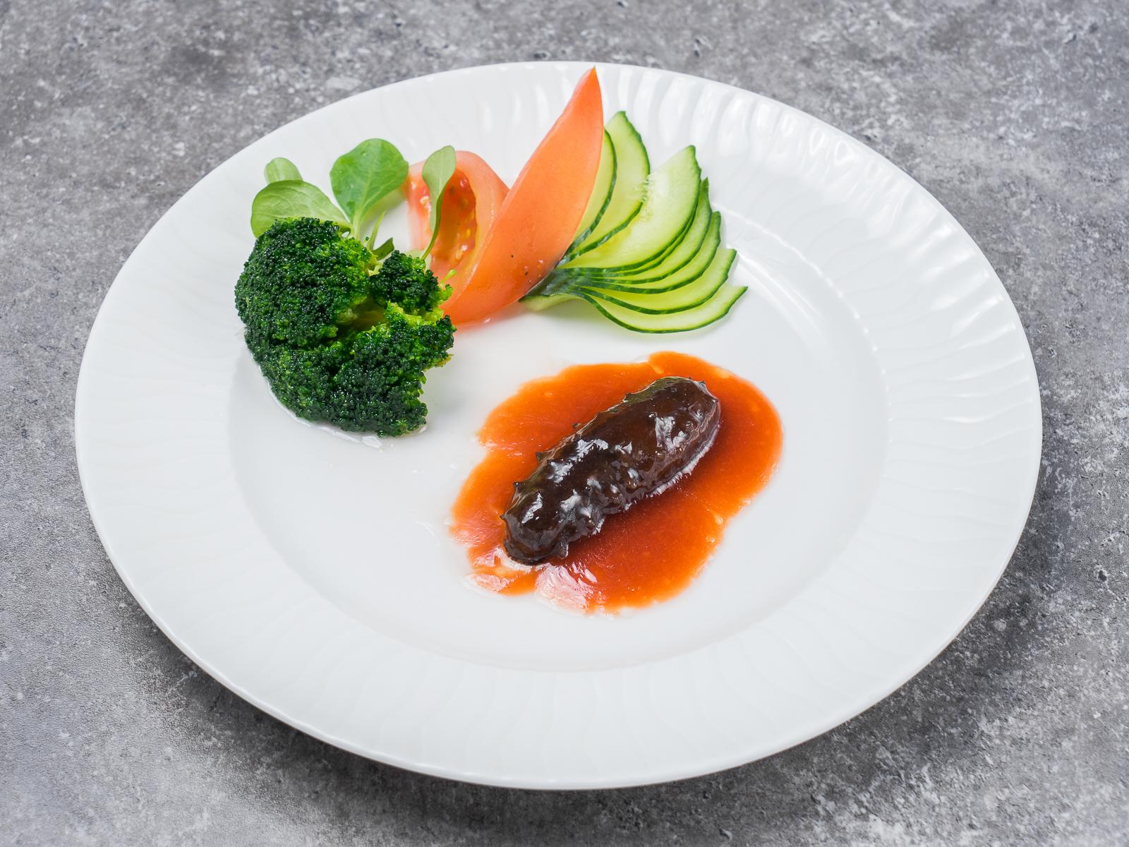 Трепанг с брокколи по рецепту императорской кухни
