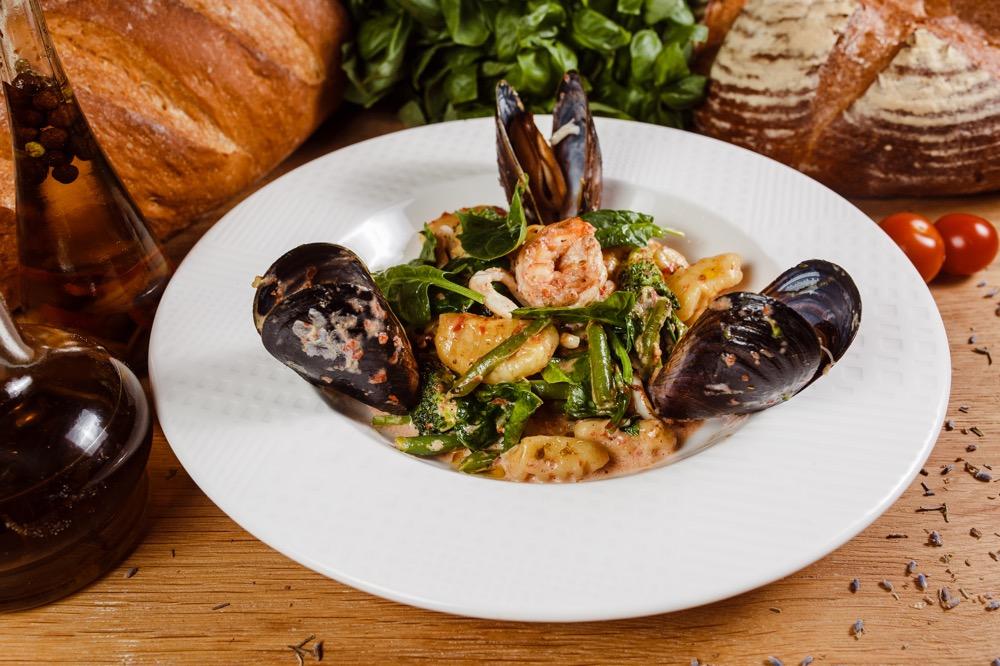 Ньокки с морепродуктами