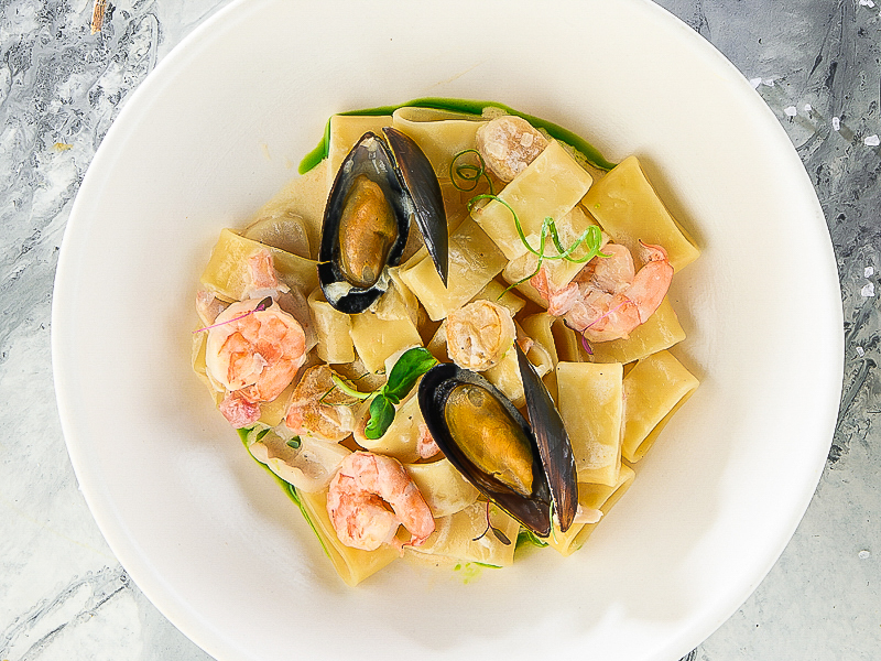 Паста Каламарата с морепродуктами