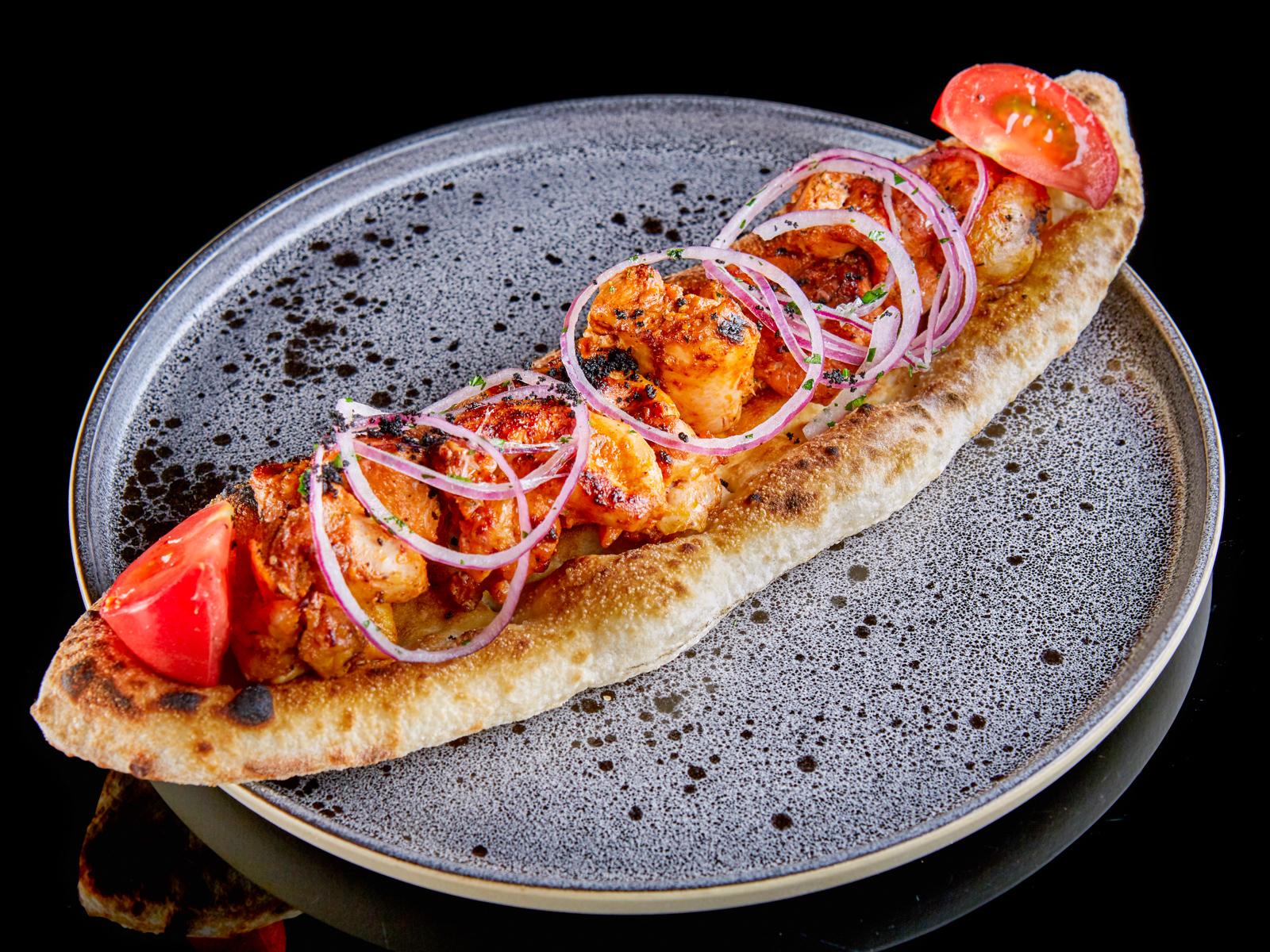 Шашлык из курицы в томатно-масляном маринаде