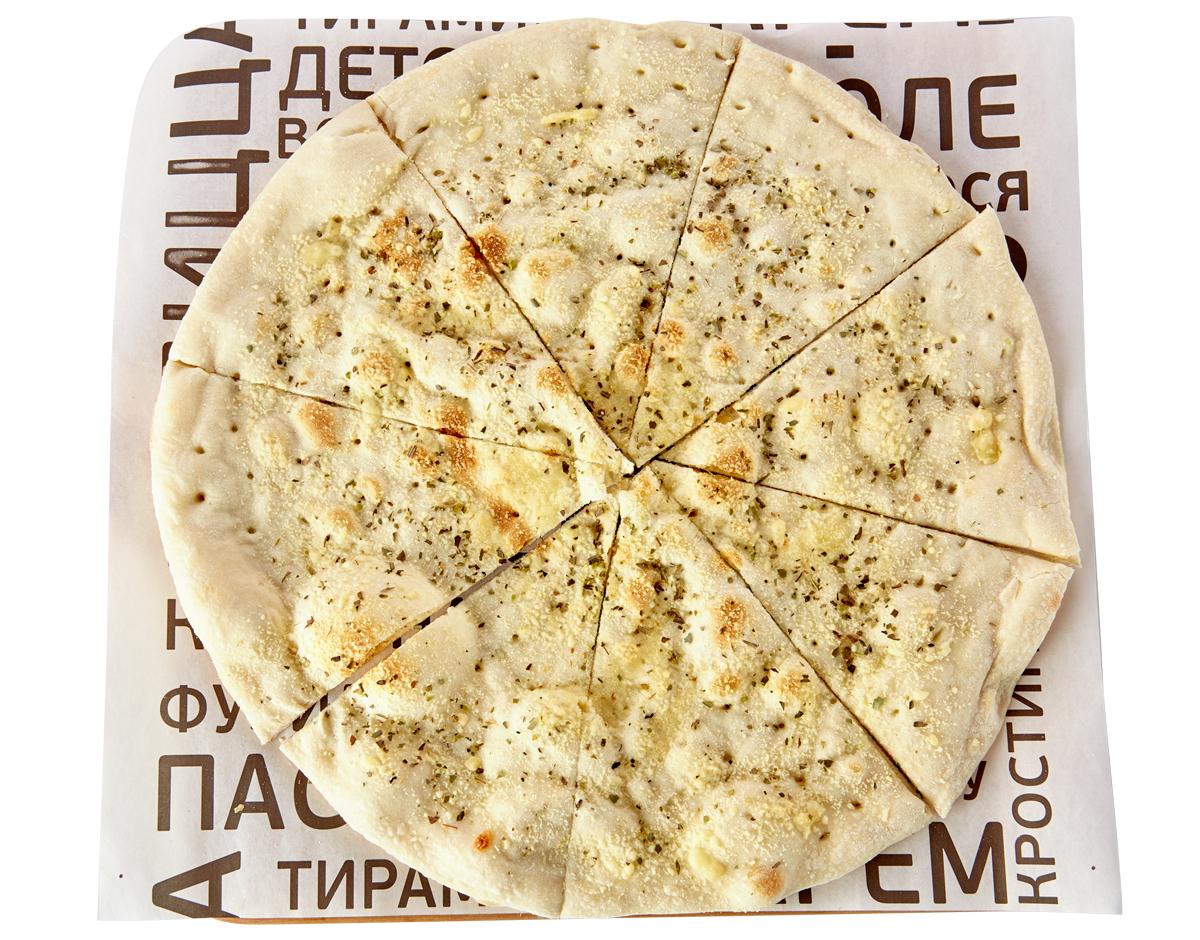 Фокаччо с сыром Грана Падано