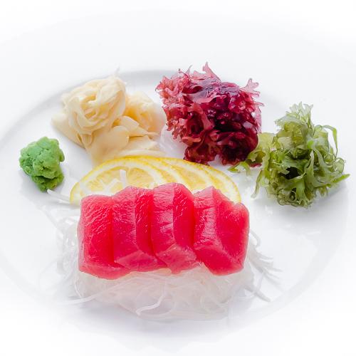 Сашими магуро тунец