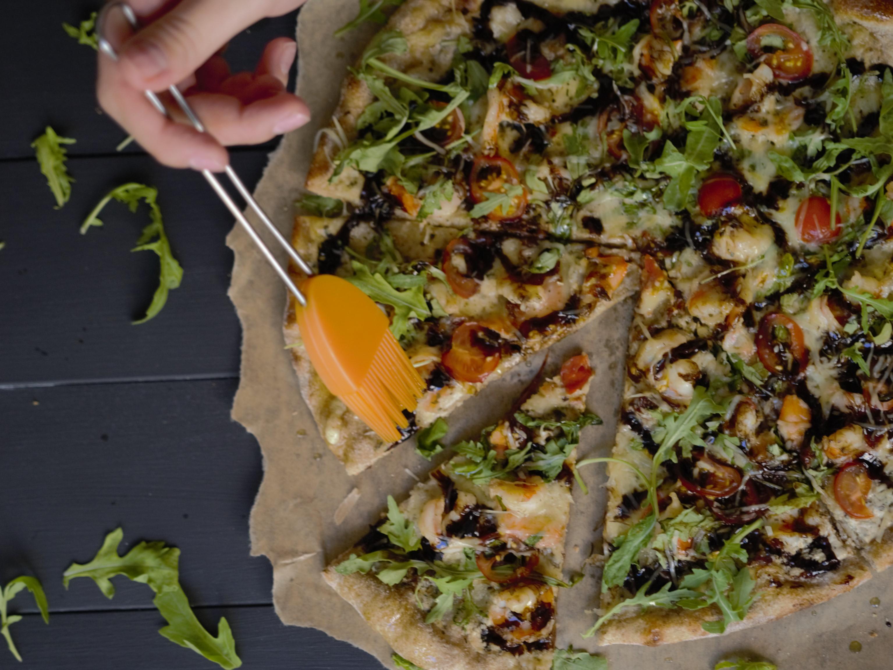 Пицца Руккола с тигровыми креветками