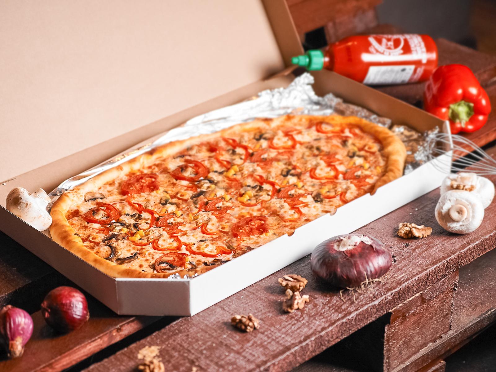 Пицца Вегетарианская полуметровая