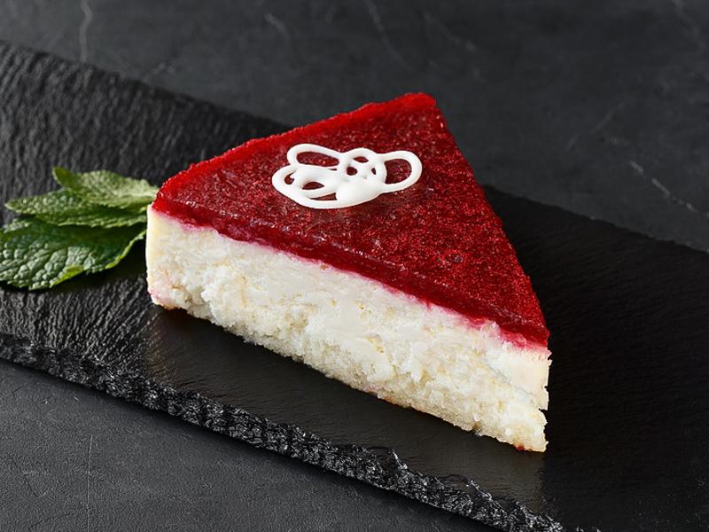 Торт Чизкейк брусничный