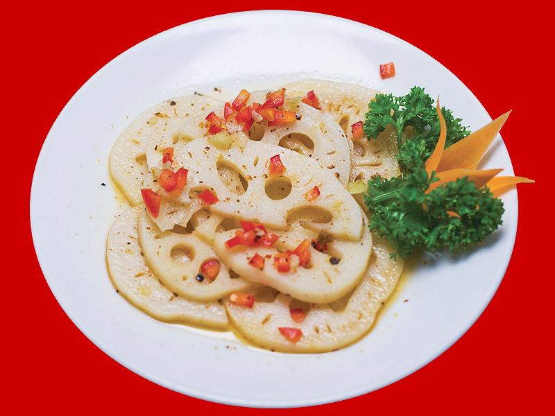 Салат из лотоса