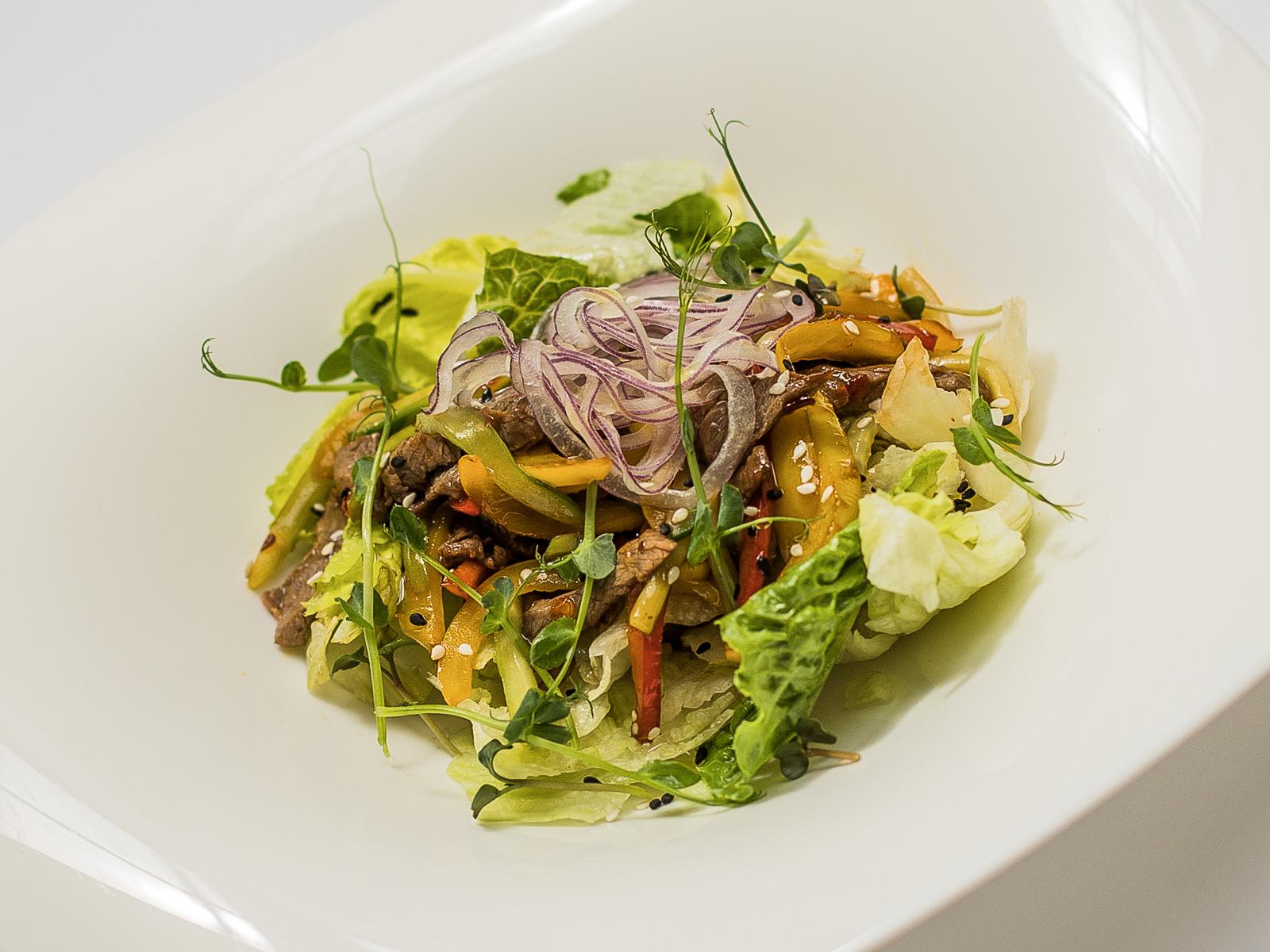 Тайский оригинальный салат