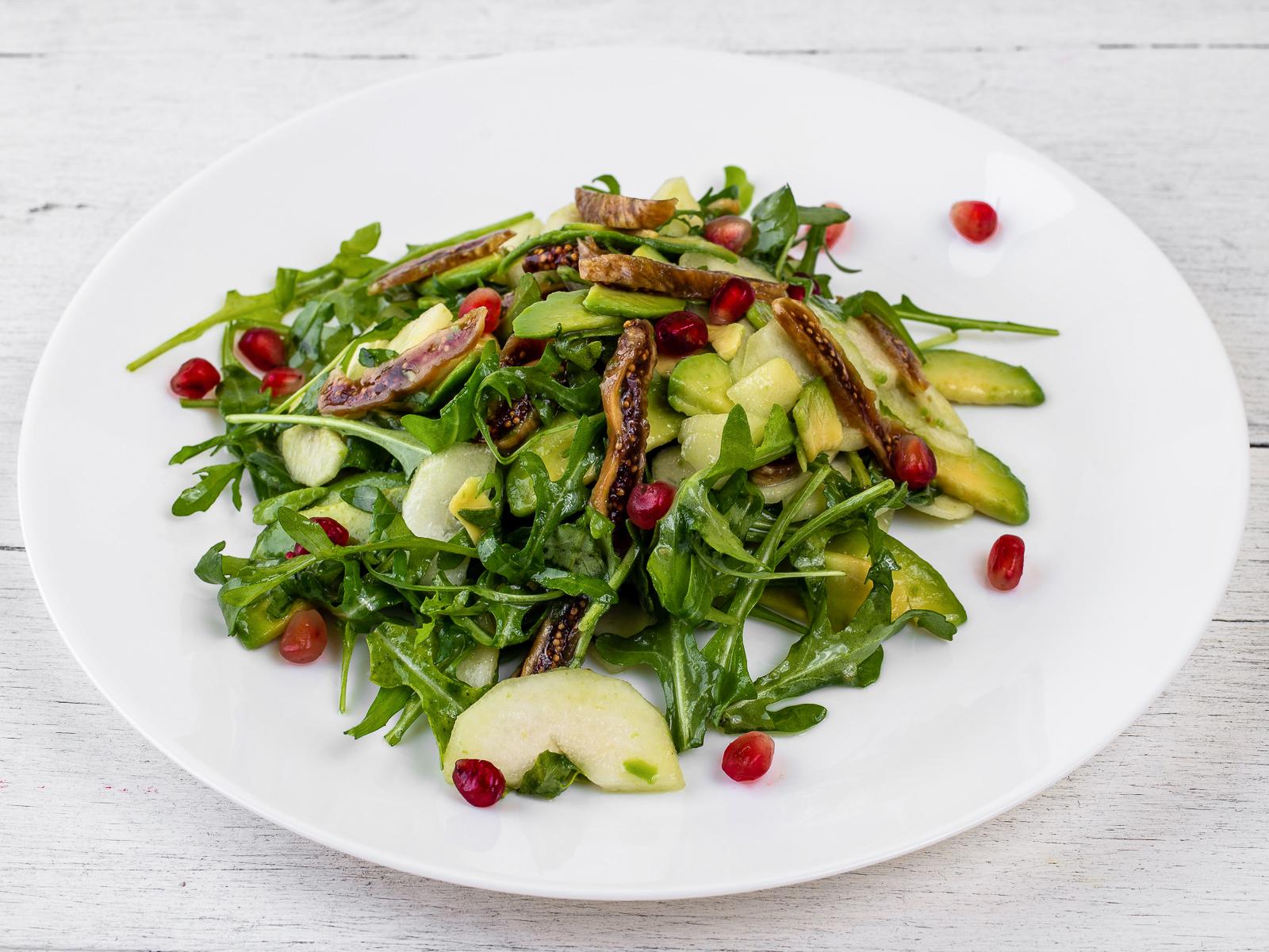 Салат из инжира и груш