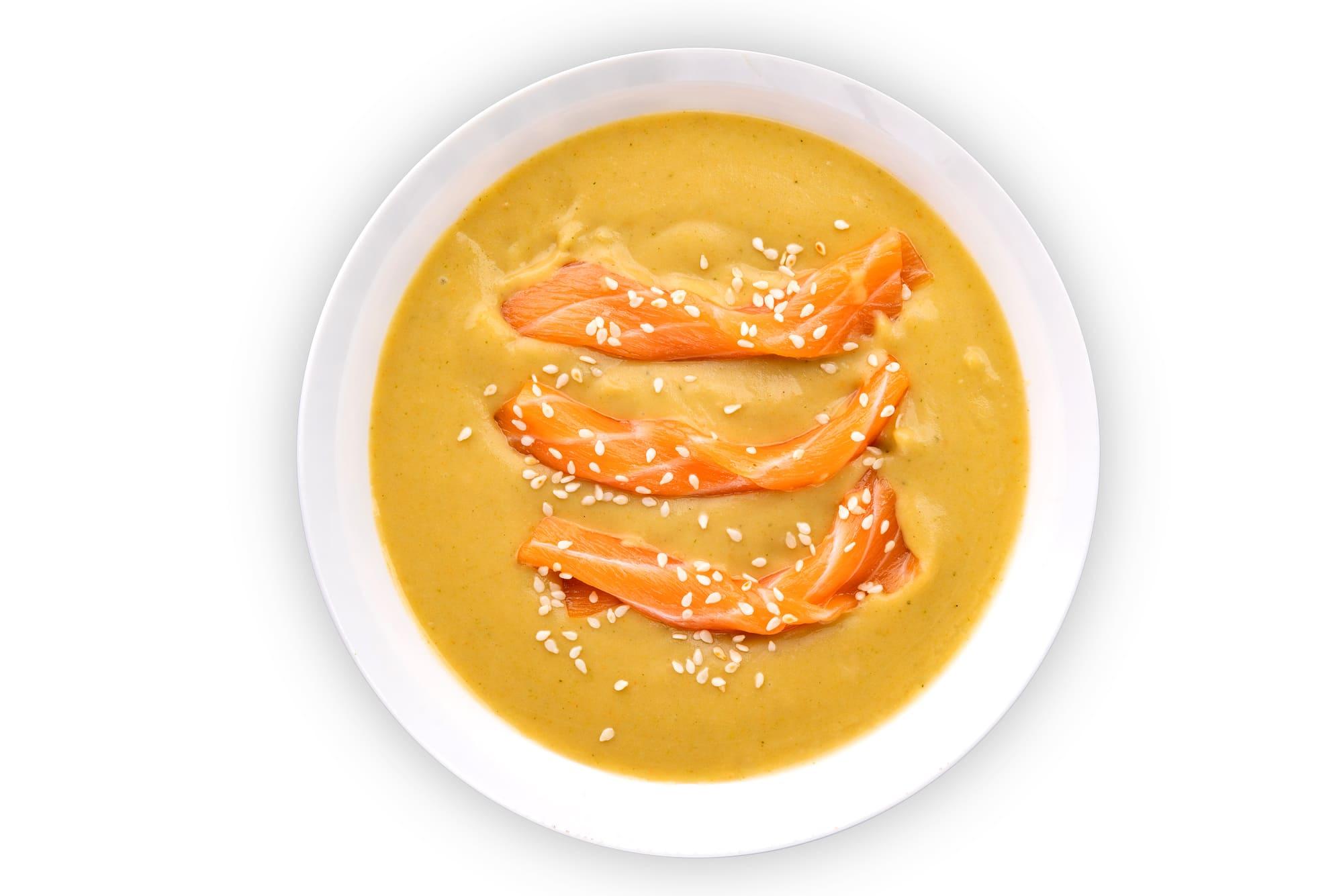Крем суп из брокколи с семгой