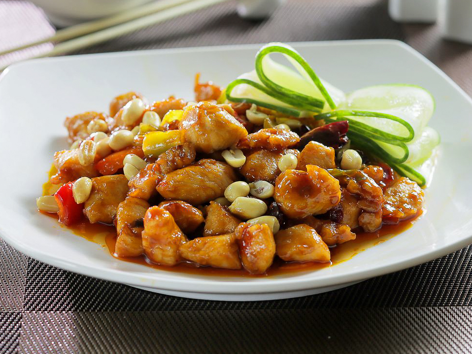 Курица Гунь Бао
