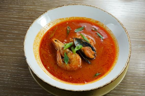 Тайский острый суп