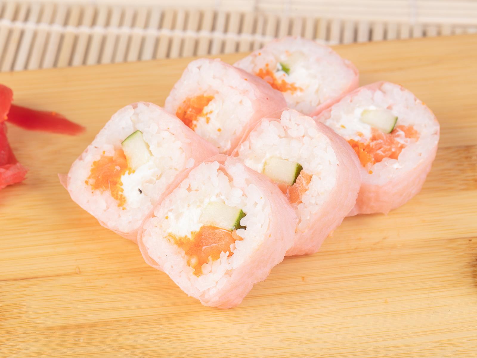 Ролл Маменори с лососем