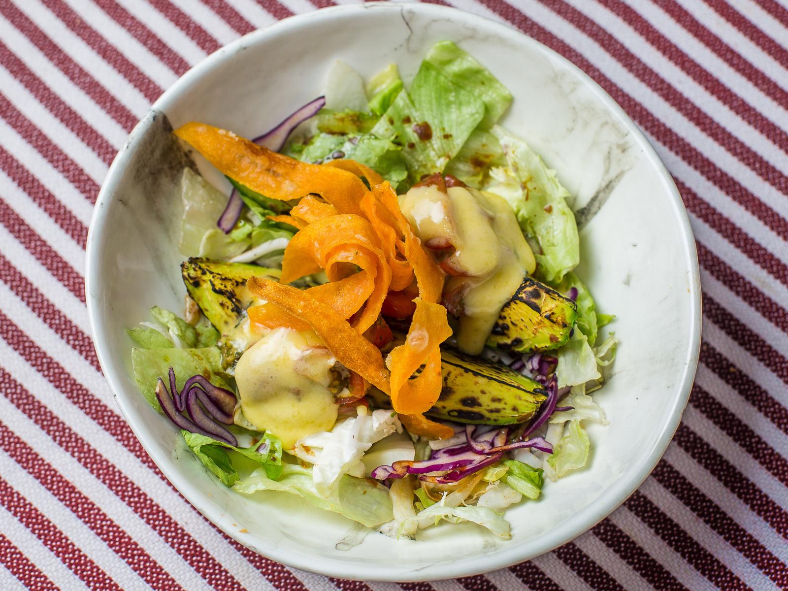 Салат Авокадо на гриле