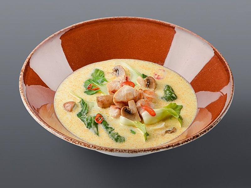 Тайский суп с корицей
