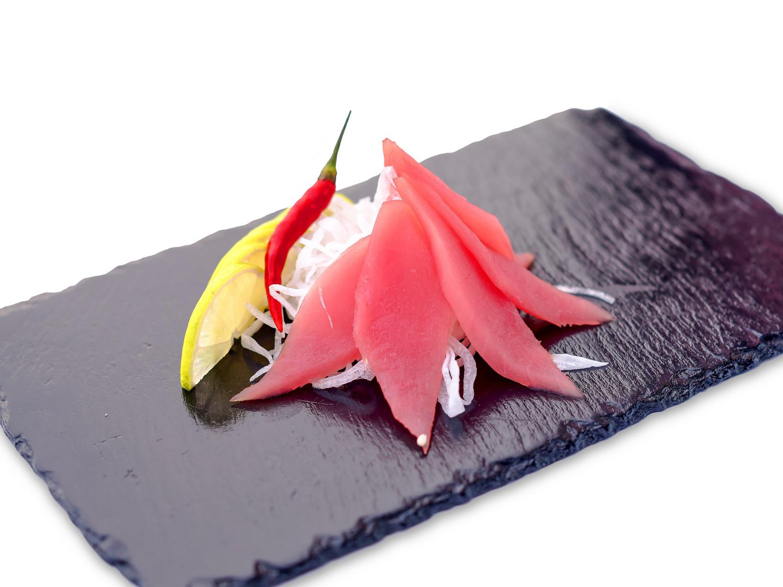 Сашими тунец