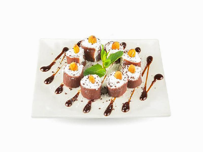 Десерт Рафаэлло ролл