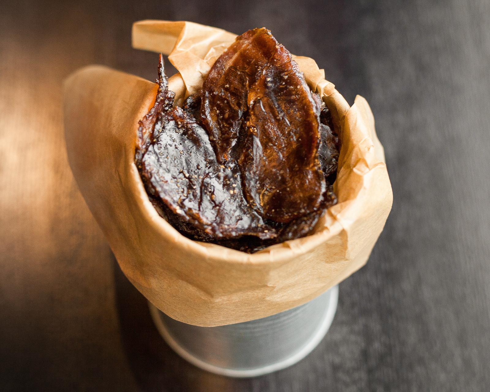 Вяленые чипсы из мраморной говядины