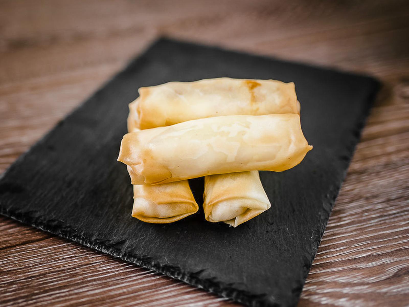 Харумаки с курицей и сыром