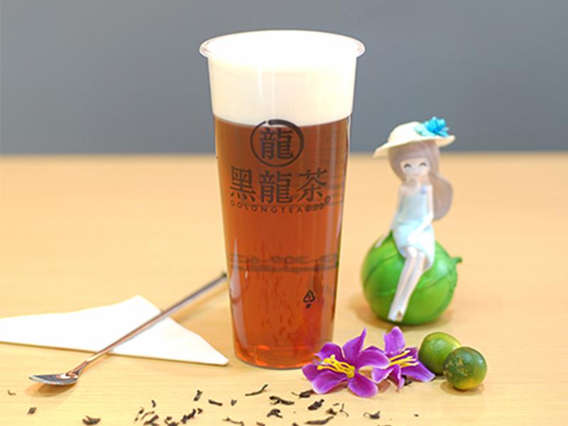 Чёрный чай с молочными сливками