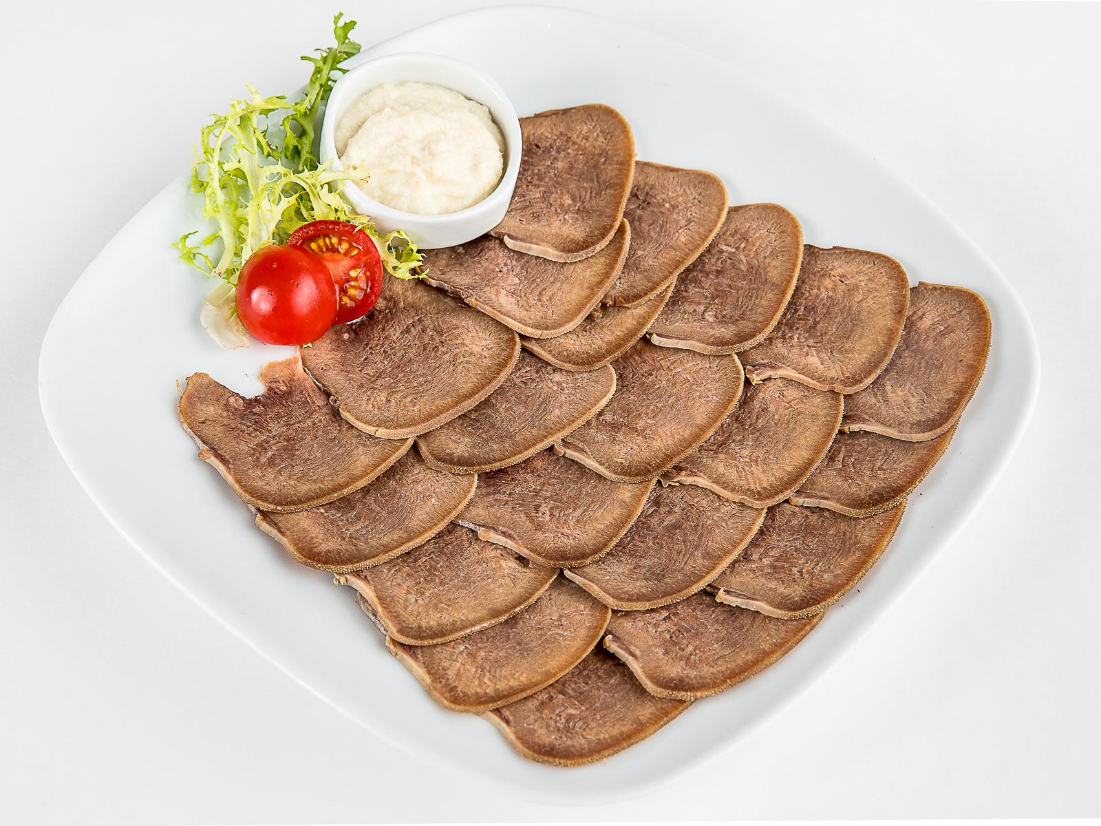 Закуска Язык говяжий с хреном