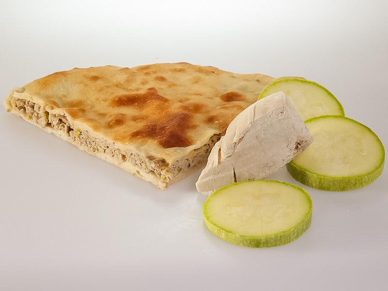 Пирог с индейкой и кабачками