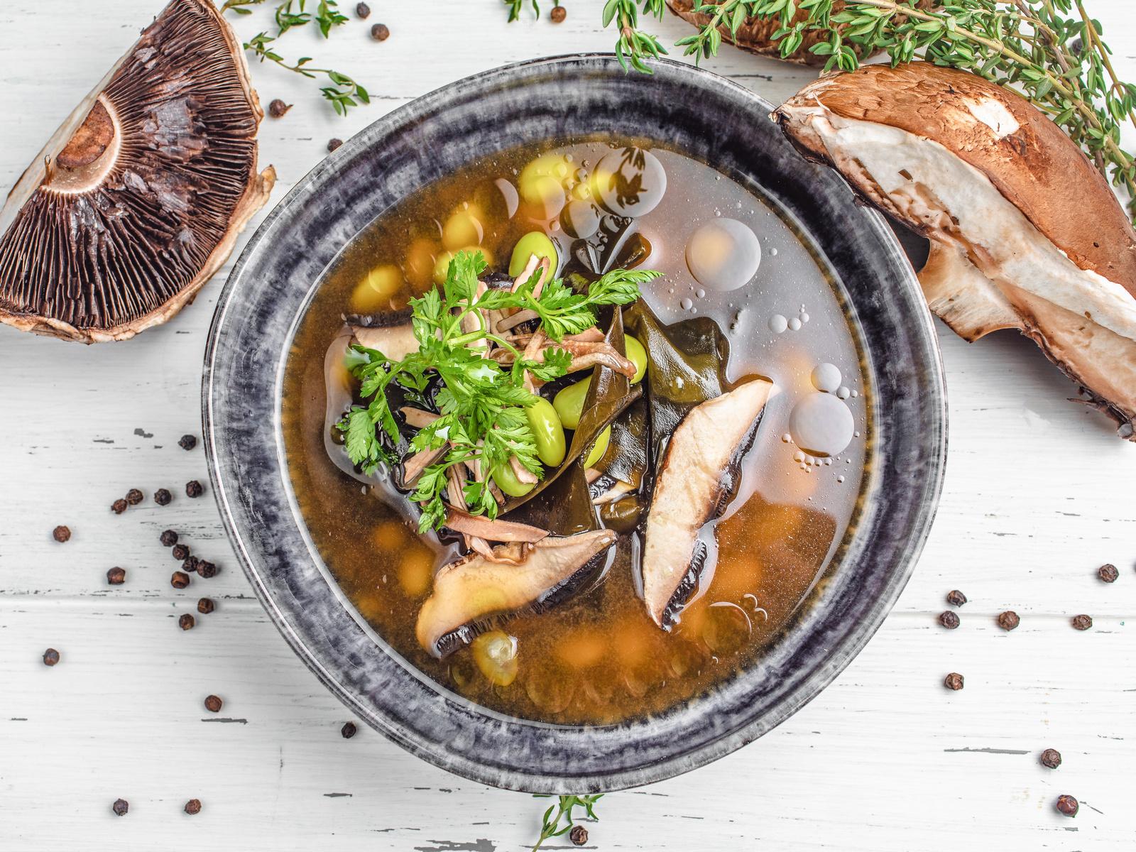 Суп овощной консоме