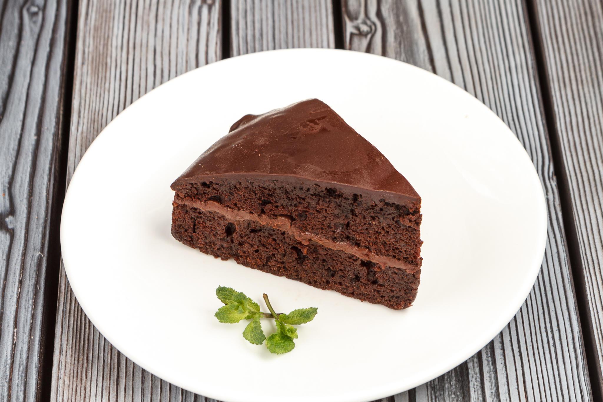 Шоколадный пирог с ганашем