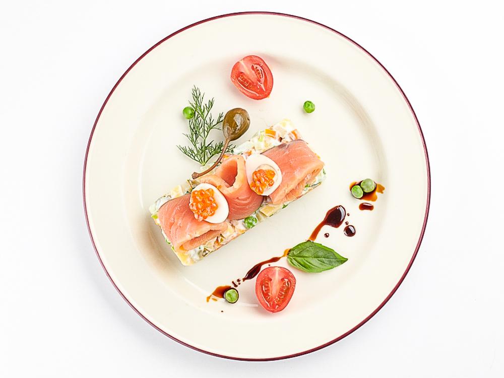Оливье с лососем