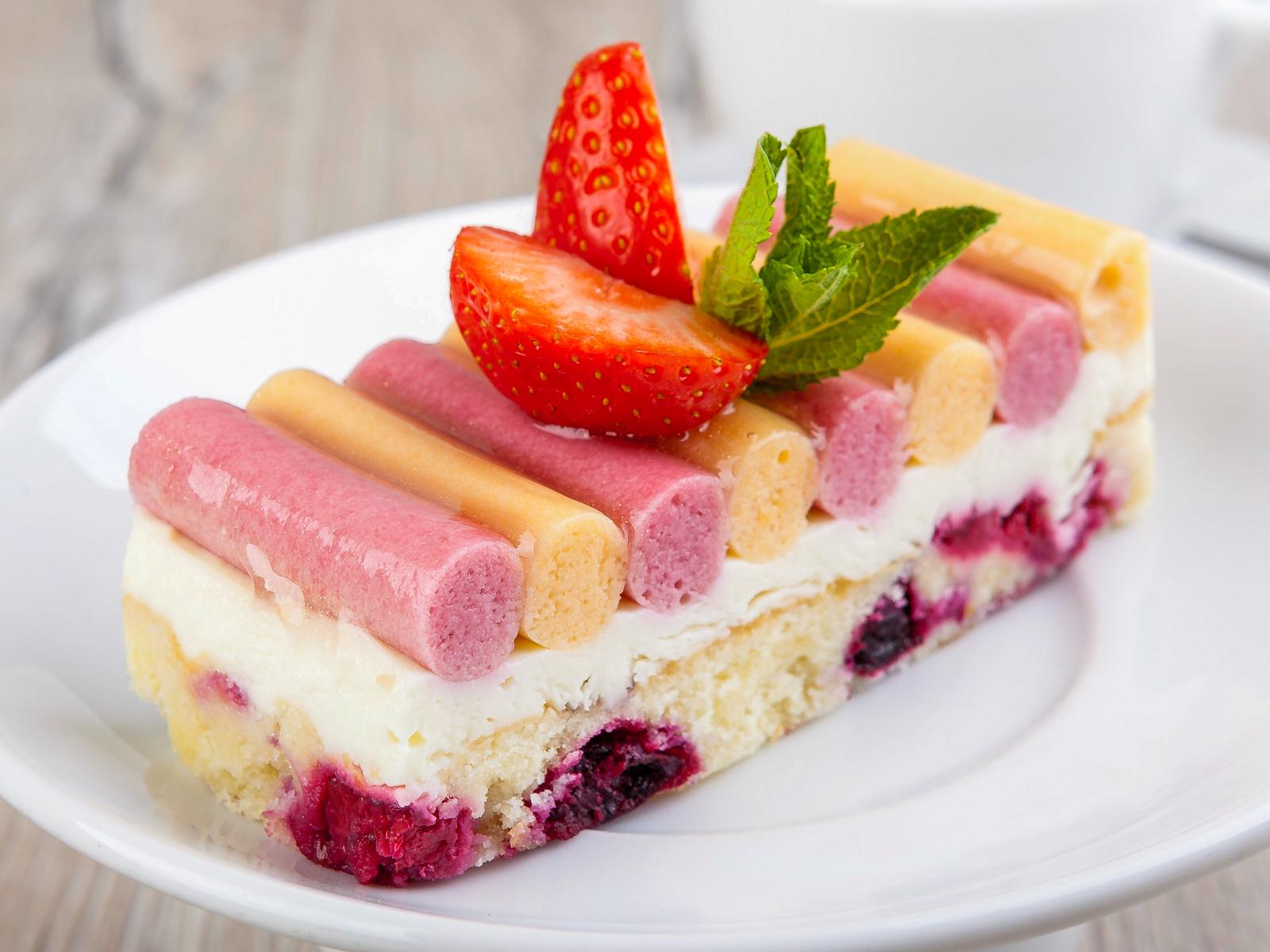Малиново-абрикосовый десерт