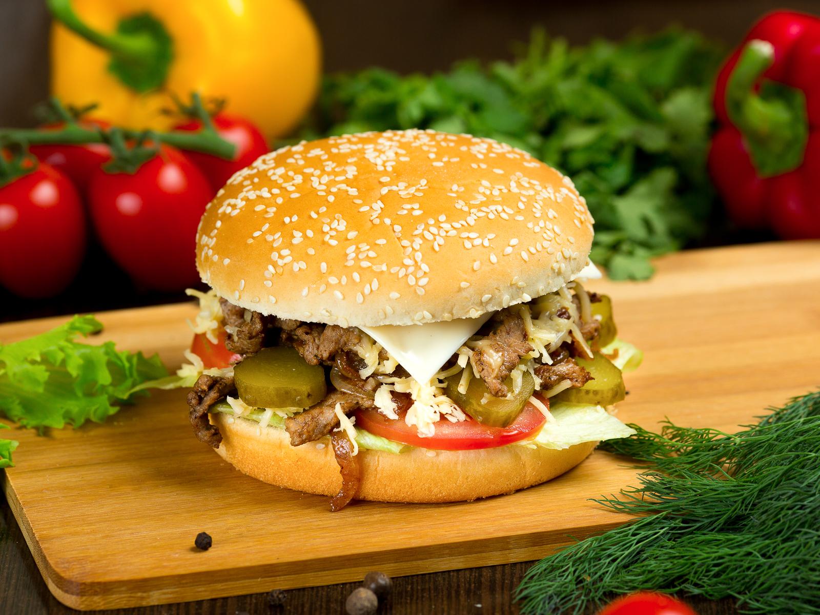 Донер-бургер с говядиной