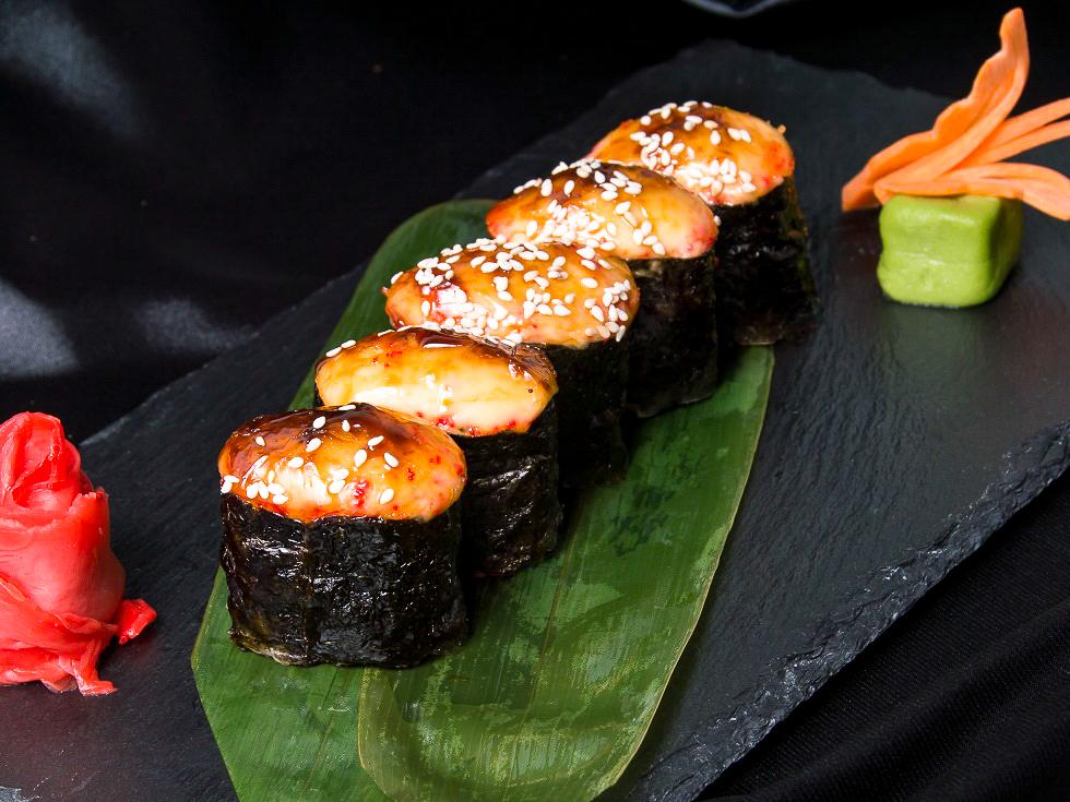 Набор запеченных суши
