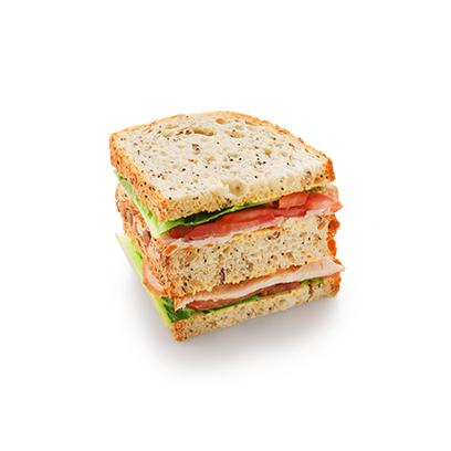 Сандвич-блумер с индейкой с горчичным соусом