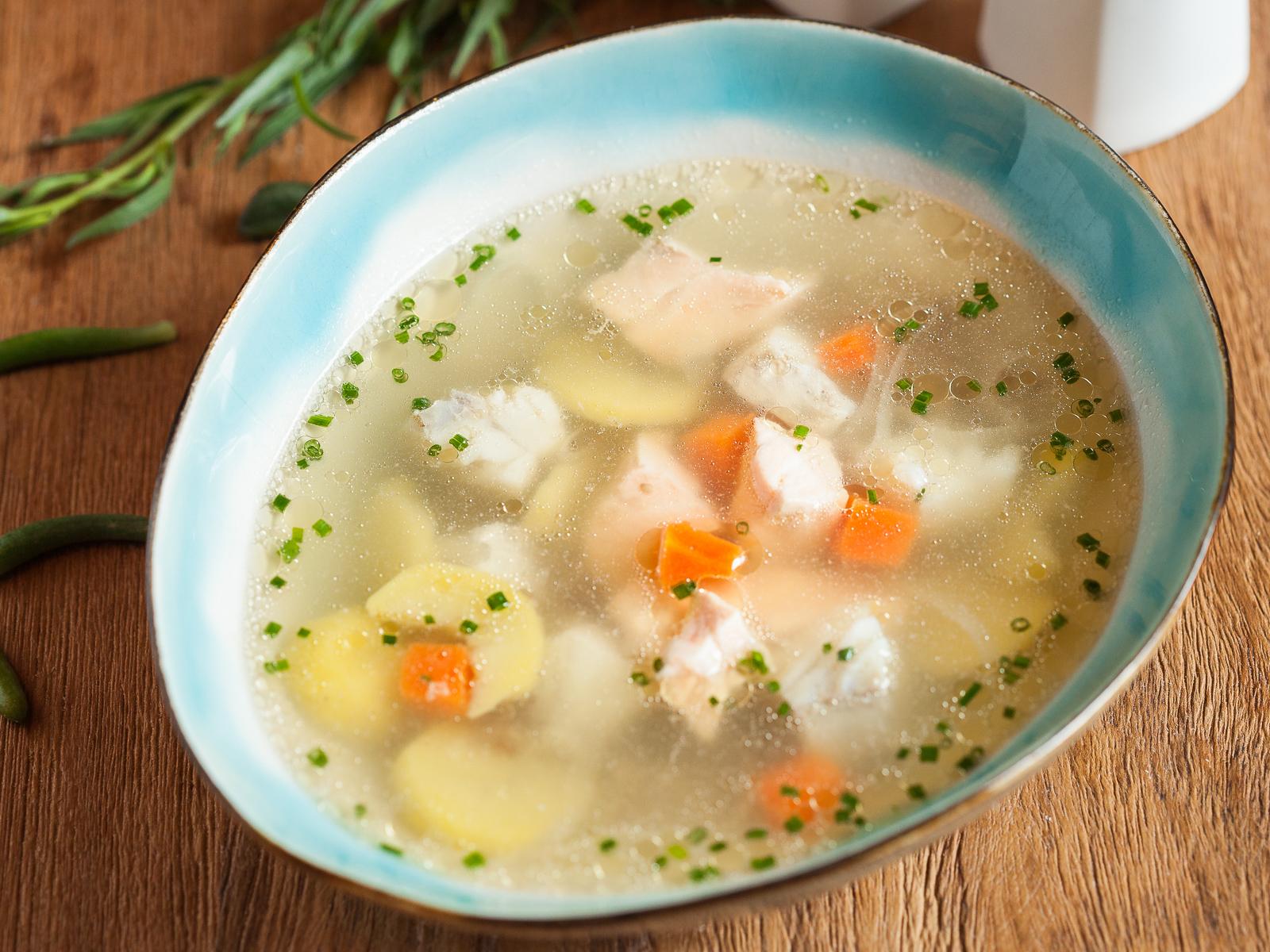 Рыбный суп с киноа