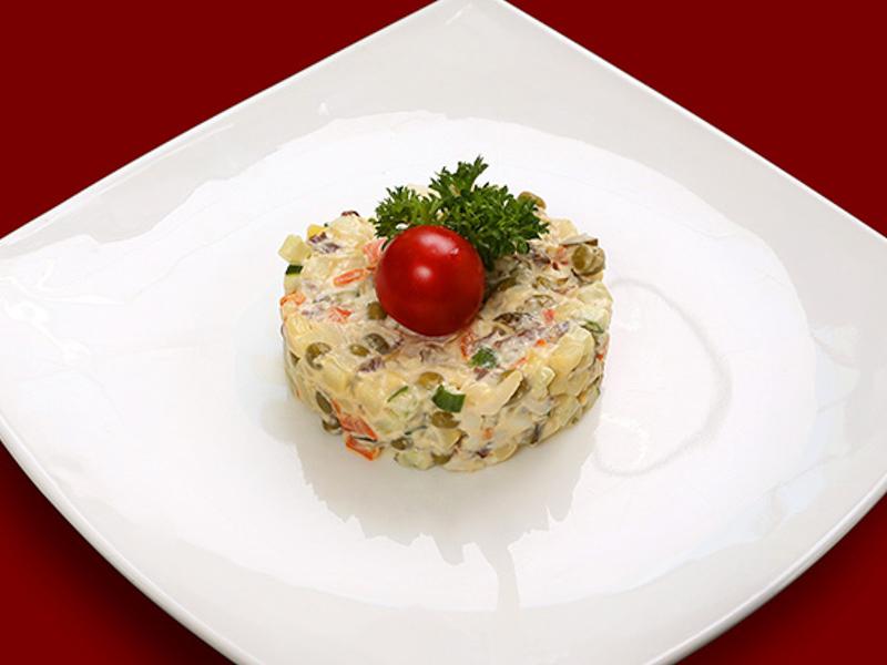 Салат традиционный Оливье