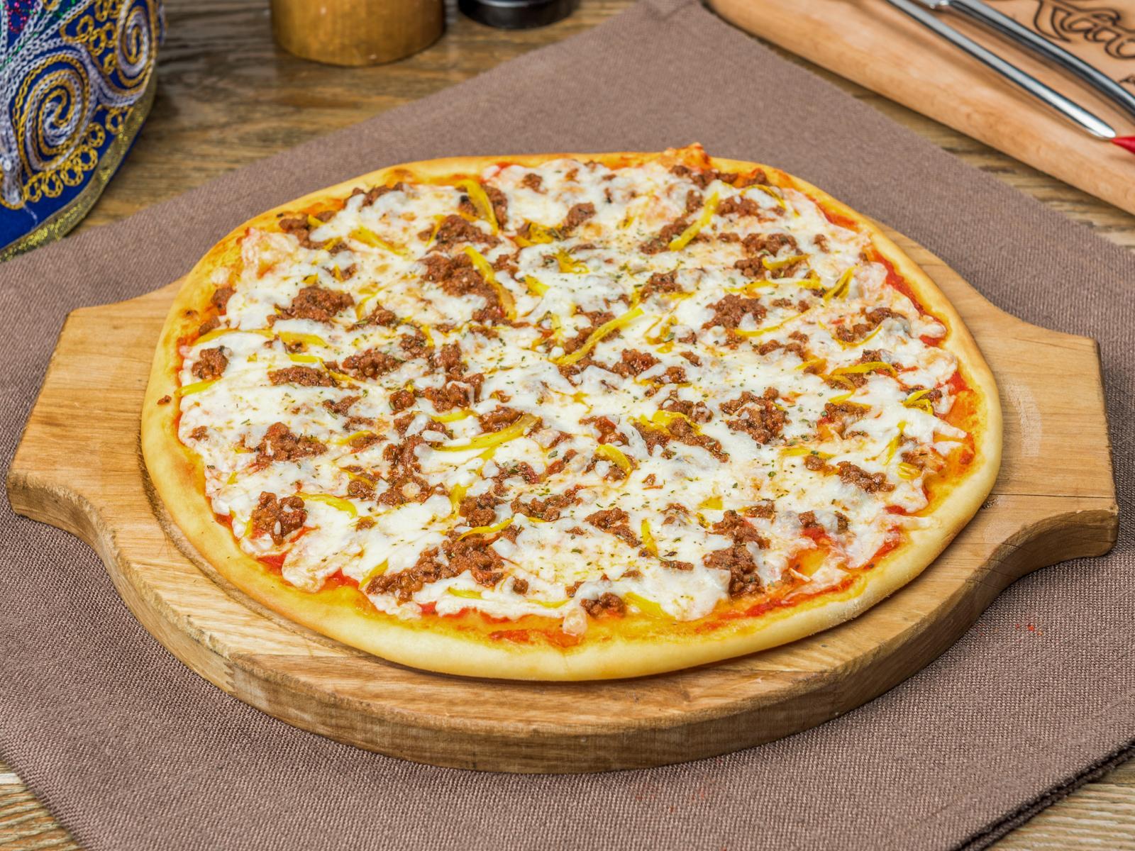 Пицца Болоньеза