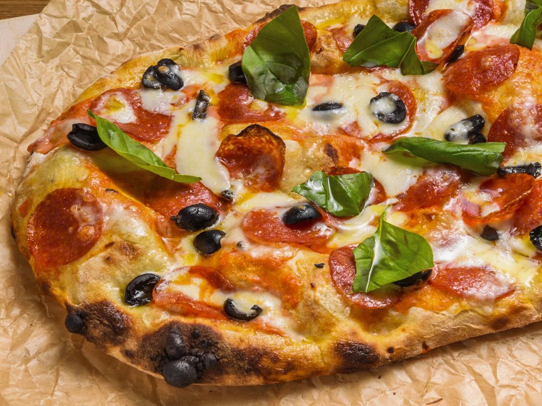Пицца пино крема Пепперони